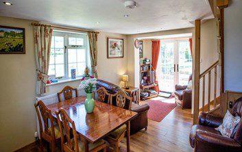 Hillside Cottage Living Area